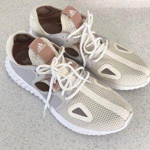Adidas Sneakers US9.5